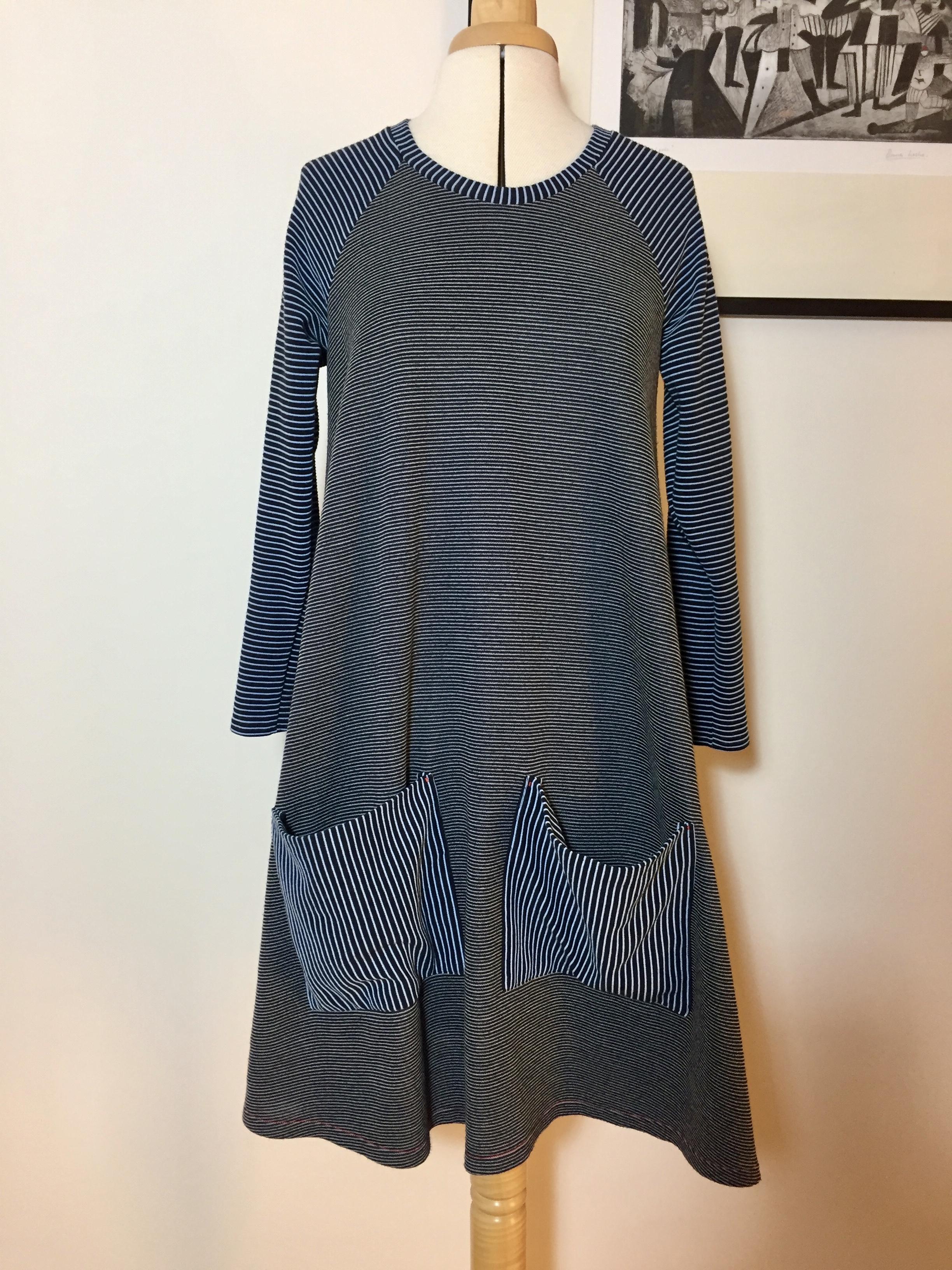 Closet Case Ebony dress with pockets